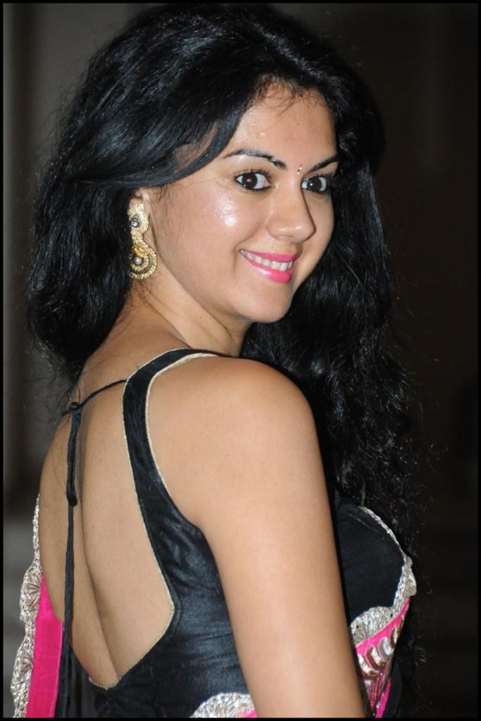 44+ Beautiful photos of Kamna Jethmalani 26