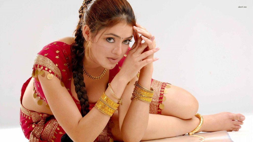 39+ Gorgeous Photos of Parvathi Melton 41