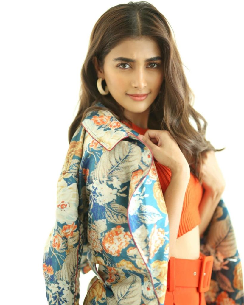 129+ Gorgeous Photos of Pooja Hegde 26