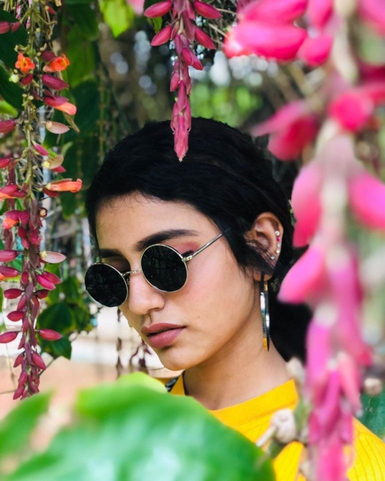 108+ Cute Photos of Priya Prakash Varrier 53