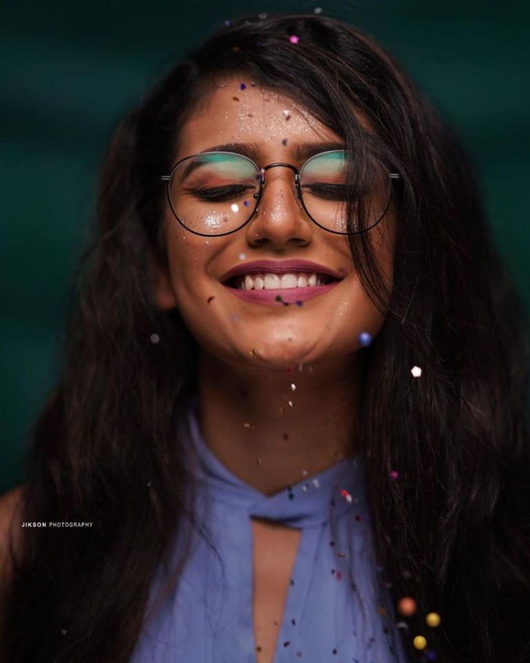 108+ Cute Photos of Priya Prakash Varrier 54