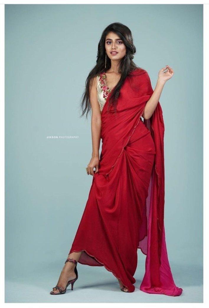 108+ Cute Photos of Priya Prakash Varrier 99