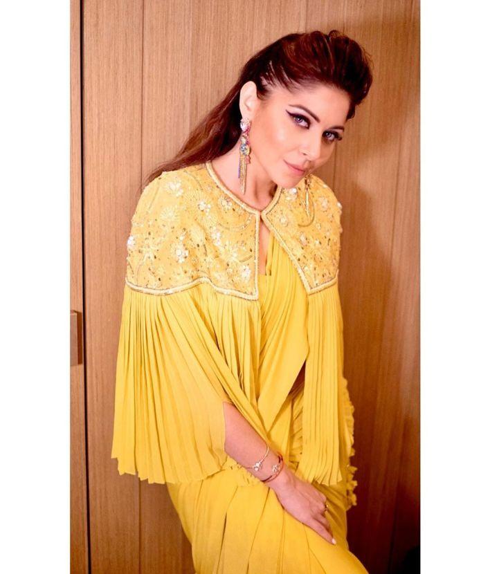 48+ Gorgeous HD Photos of Kanika Kapoor 28