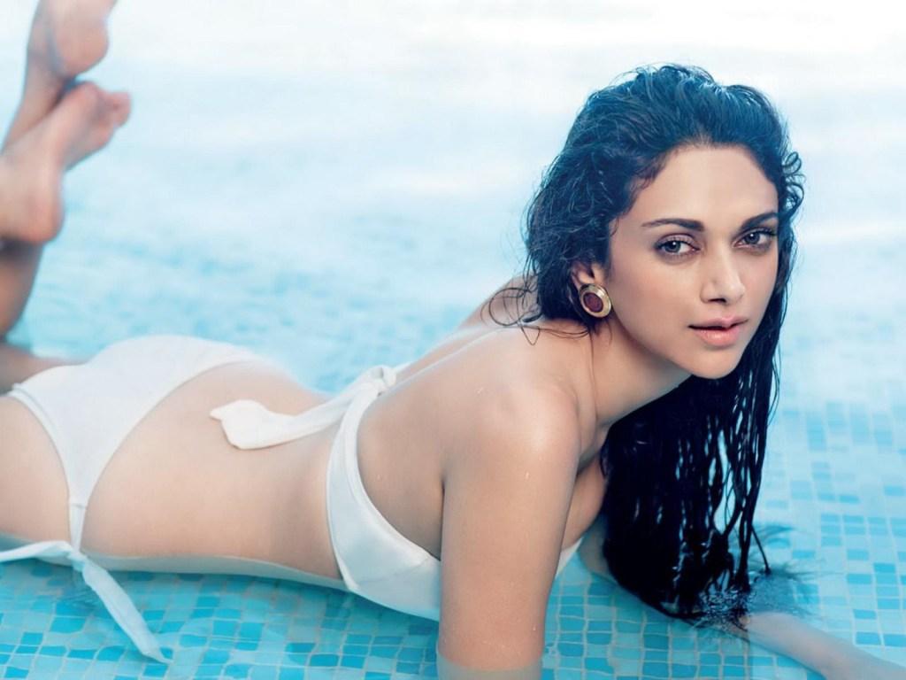 95+ Glamorous Photos of Aditi Rao Hydari 74