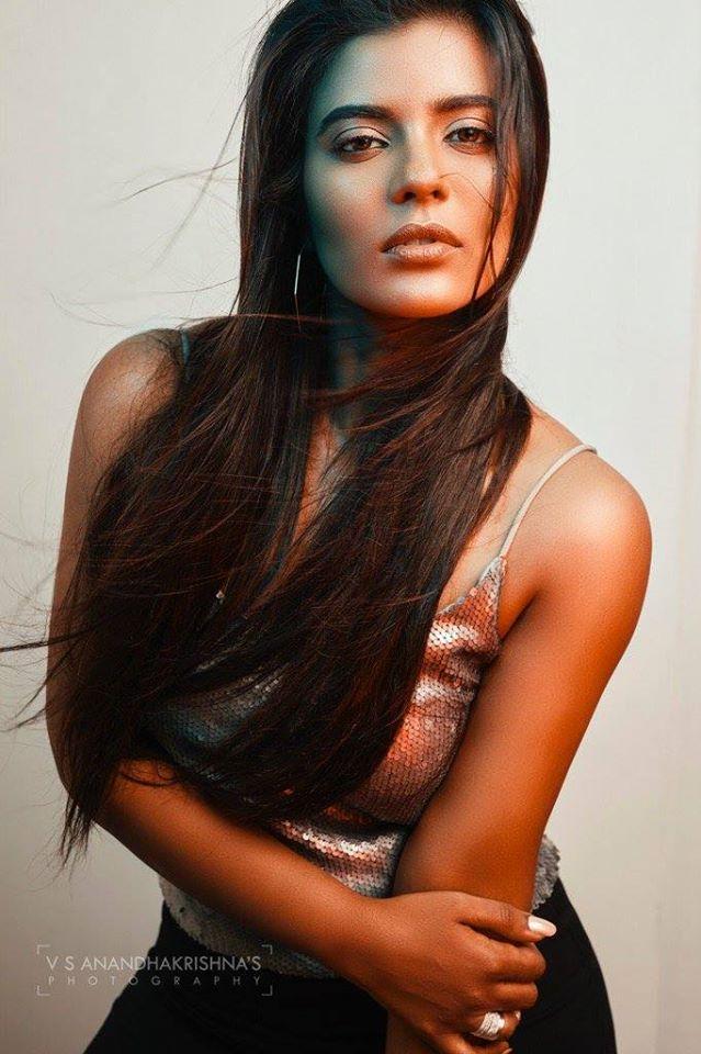 37+ Gorgeous Photos of Aishwarya Rajesh 36
