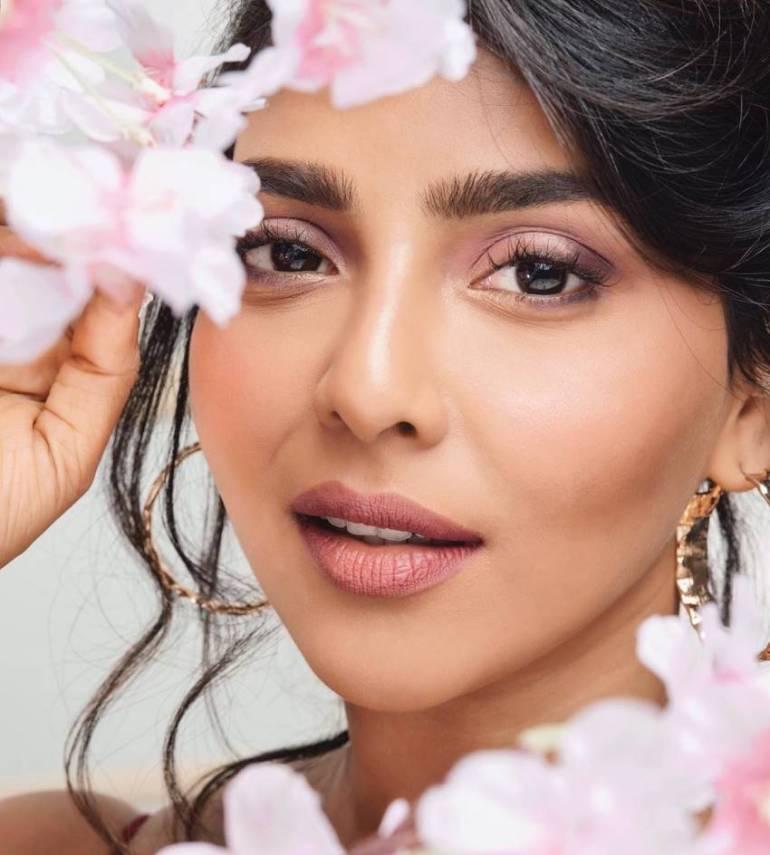 60+ glamorous Photos of Aishwarya Lekshmi 123