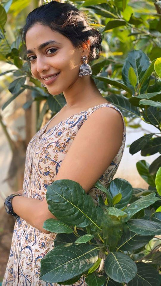 60+ glamorous Photos of Aishwarya Lekshmi 128
