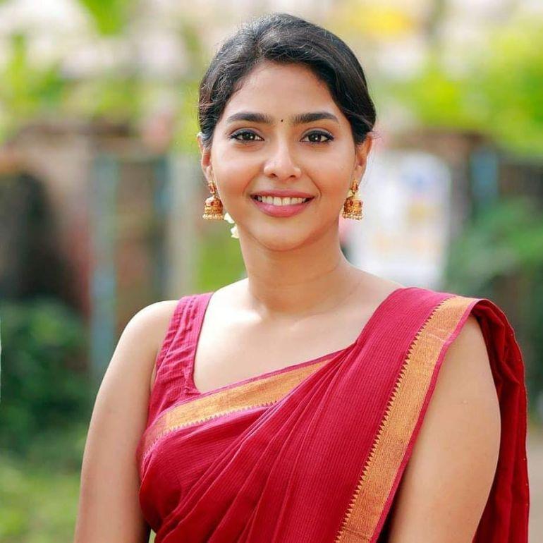 60+ glamorous Photos of Aishwarya Lekshmi 146