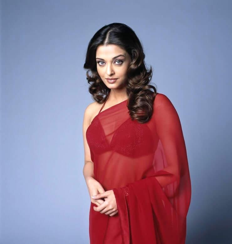 78+ Glamorous Photos Aishwarya Rai 109