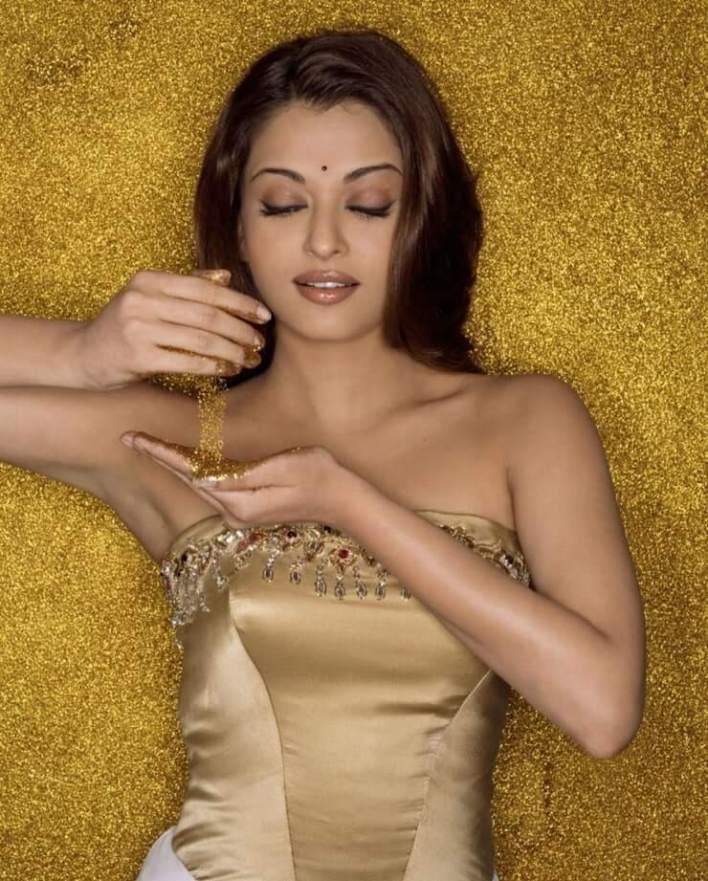 78+ Glamorous Photos Aishwarya Rai 32