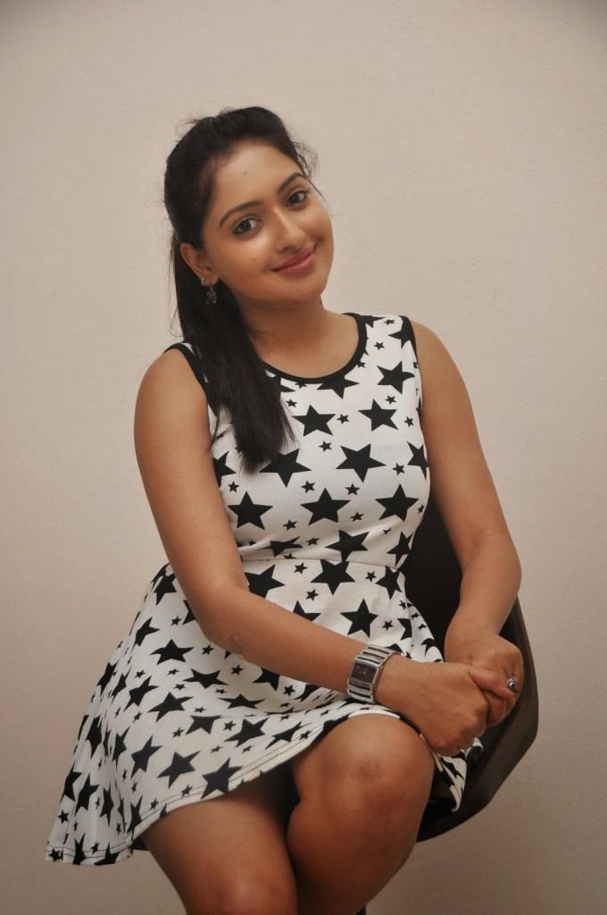 21+ Lovely Photos of Anjana Deshpande 21