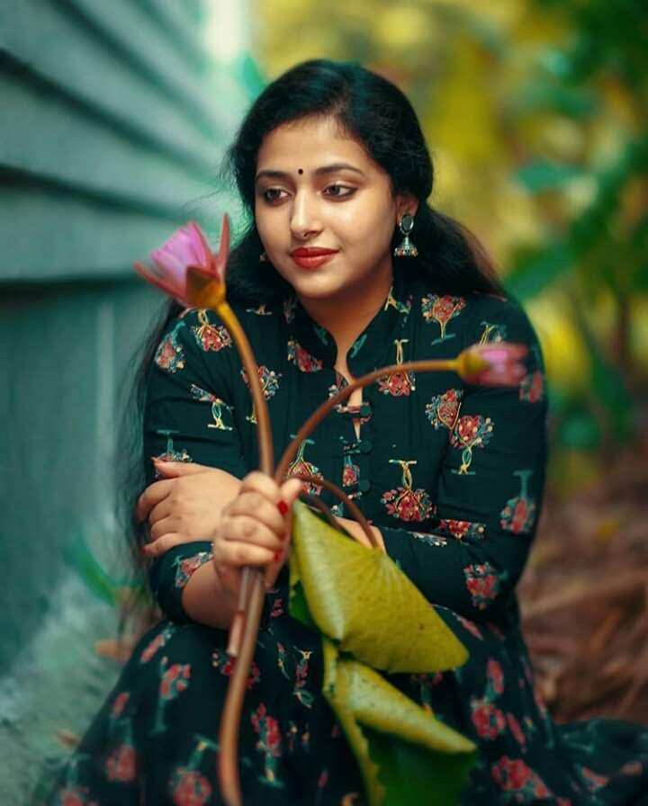 49+ Lovely Photos of Anu Sithara 23