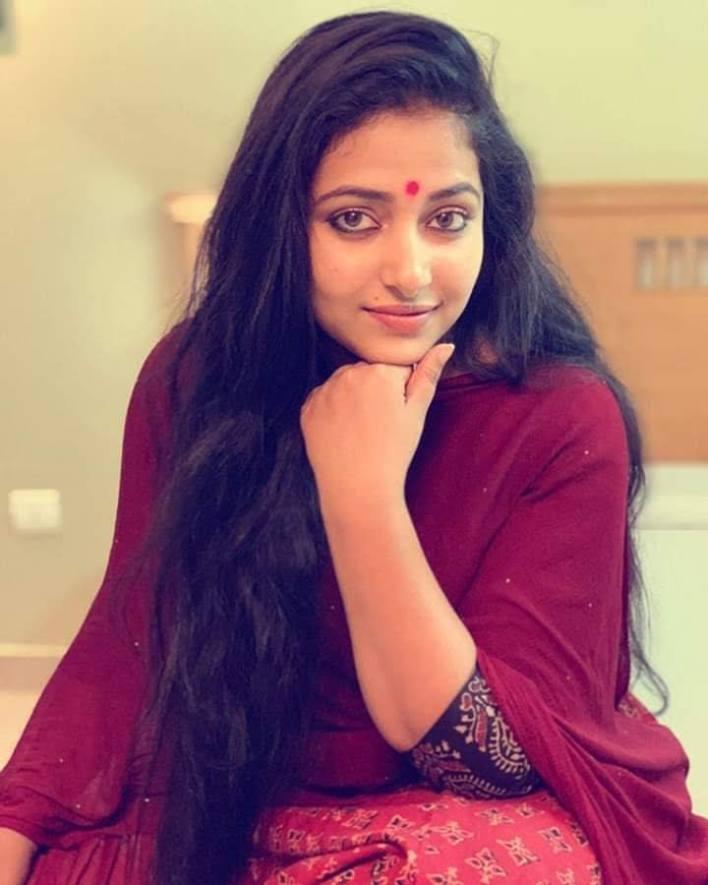 49+ Lovely Photos of Anu Sithara 33