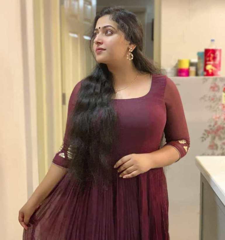 49+ Lovely Photos of Anu Sithara 88