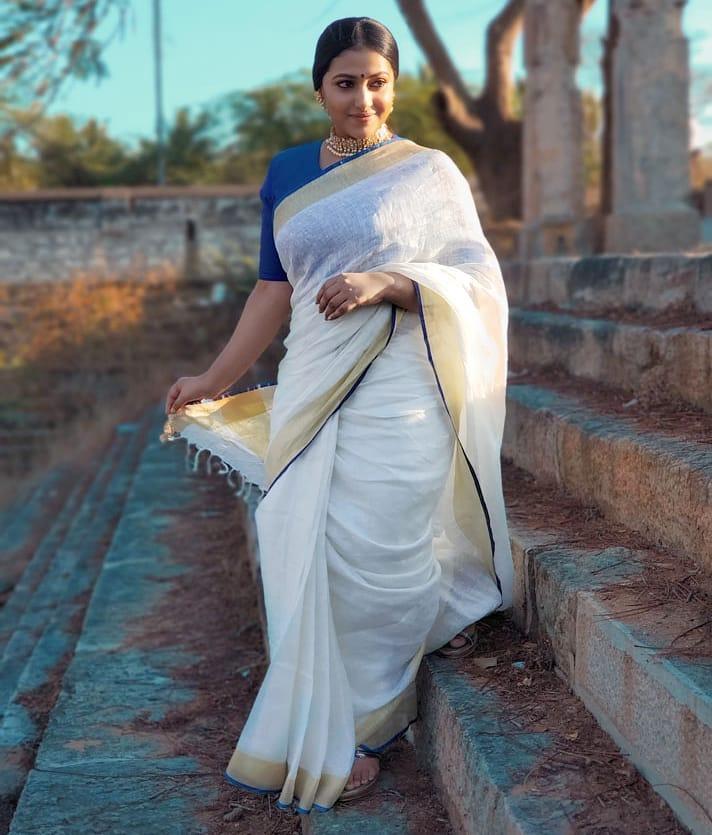49+ Lovely Photos of Anu Sithara 47