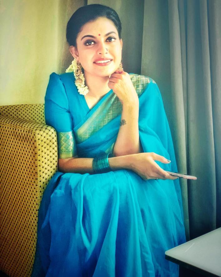 Check out this 89+ HD Photos of Anusree 24