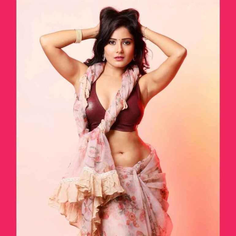 48+ Glamorous Photos of Archana Gupta 29
