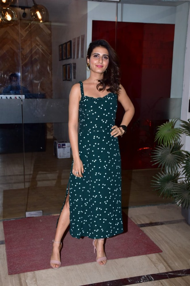 74+ Gorgeous Photos of Fathima Sana Shaikh 139