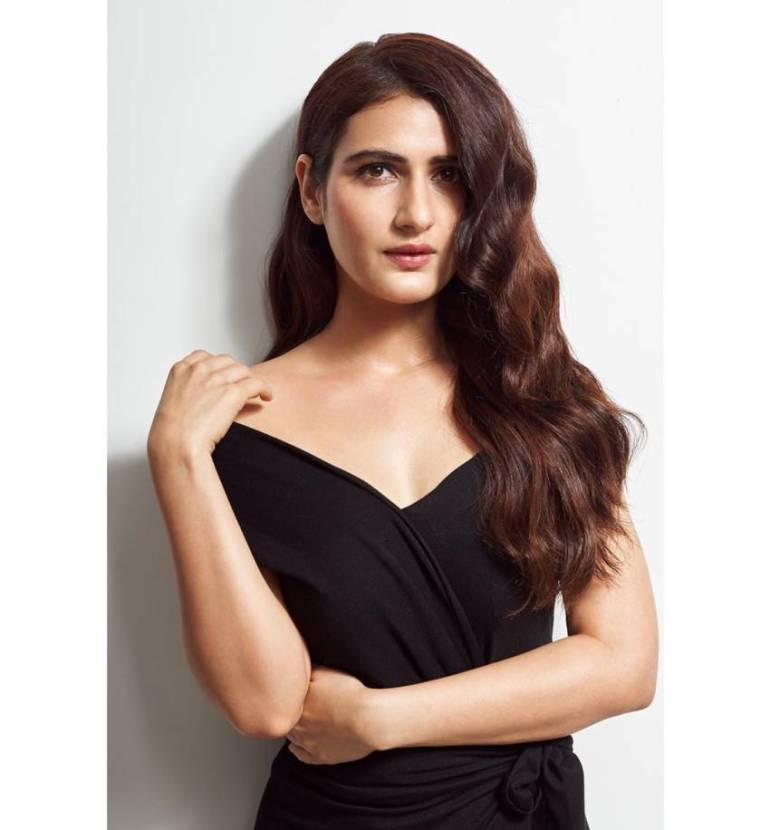 74+ Gorgeous Photos of Fathima Sana Shaikh 151