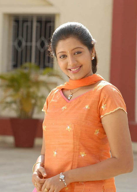 43+ Cute Photos of Gopika 22
