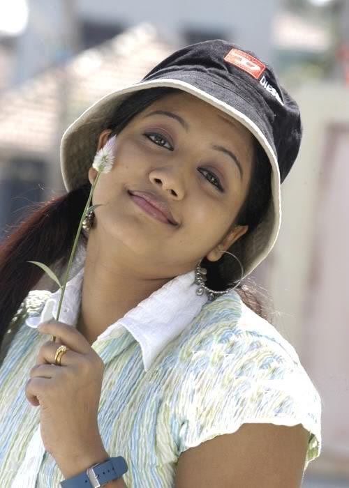 43+ Cute Photos of Gopika 44