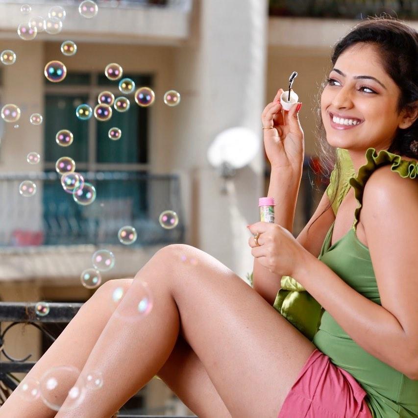 50+ Stunning Photos of Haripriya 21
