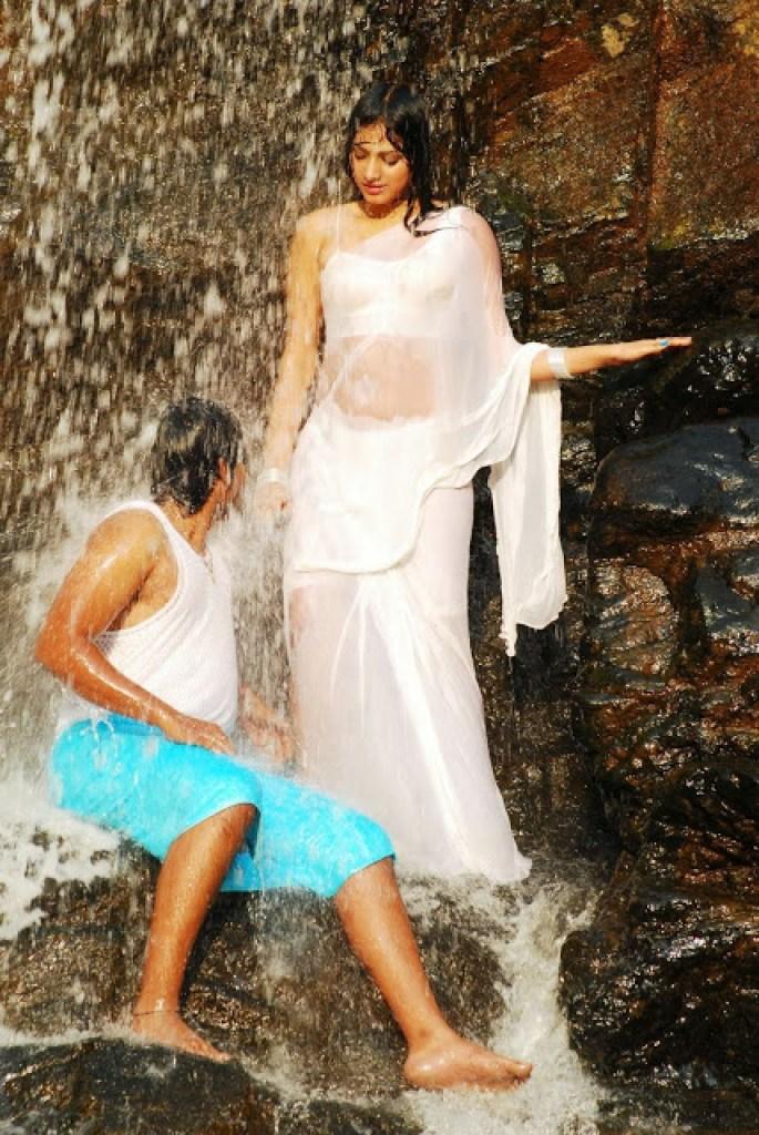 50+ Stunning Photos of Haripriya 6