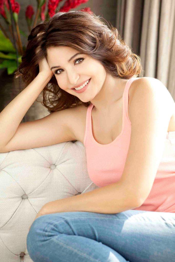 51 Beautiful Photos of Anushka Sharma 133