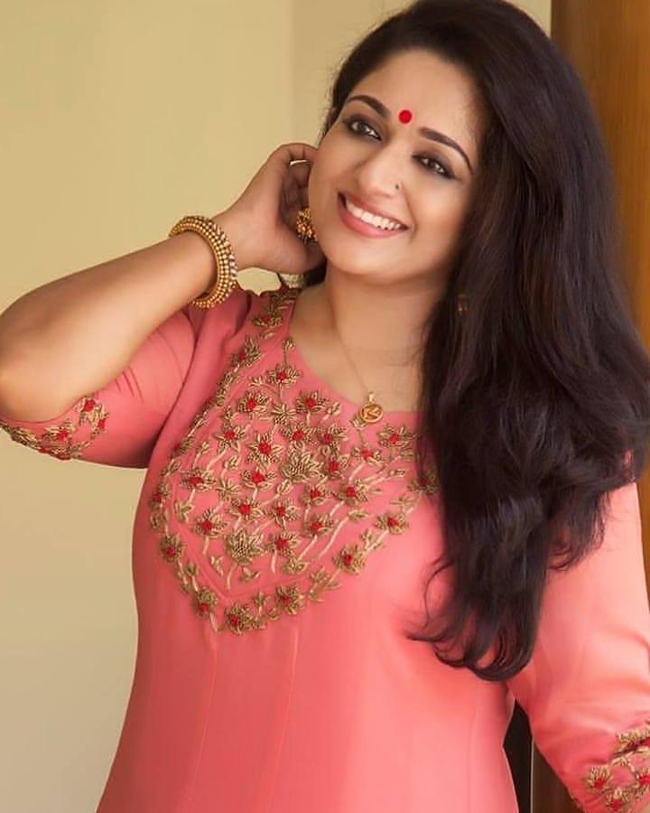 53+ Gorgeous Photos of Kavya Madhavan 100