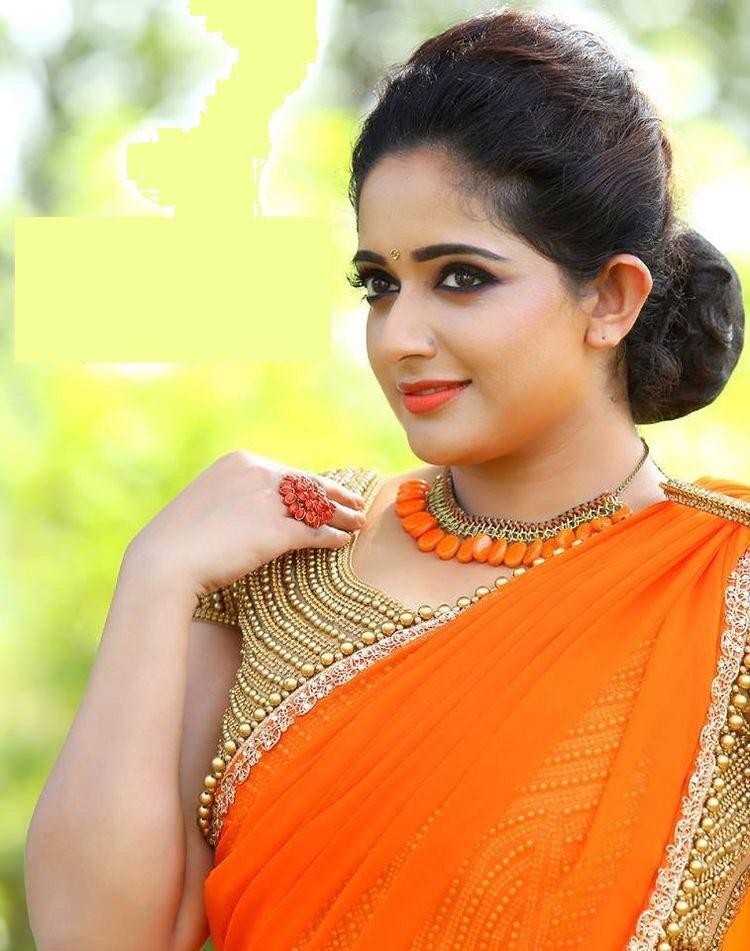 53+ Gorgeous Photos of Kavya Madhavan 87