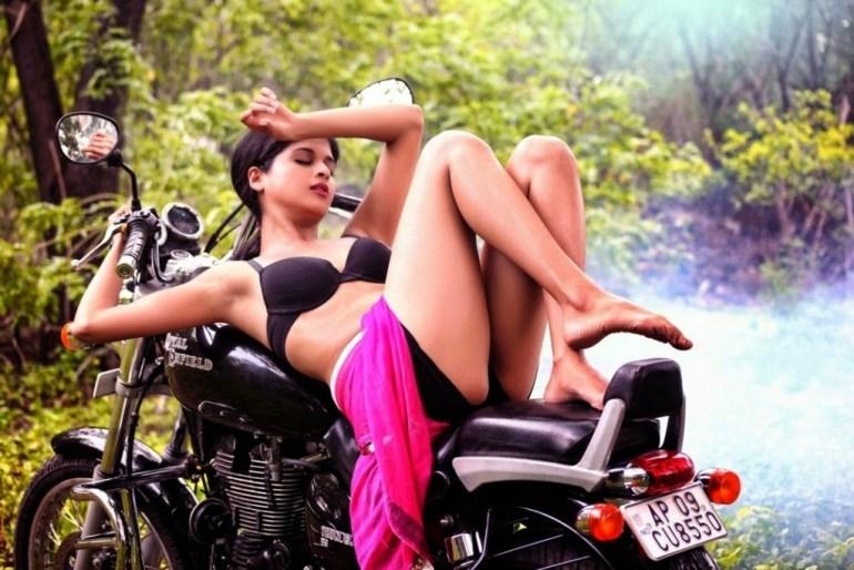 19+ beautiful Photos of Mrudhula Bhaskar 6