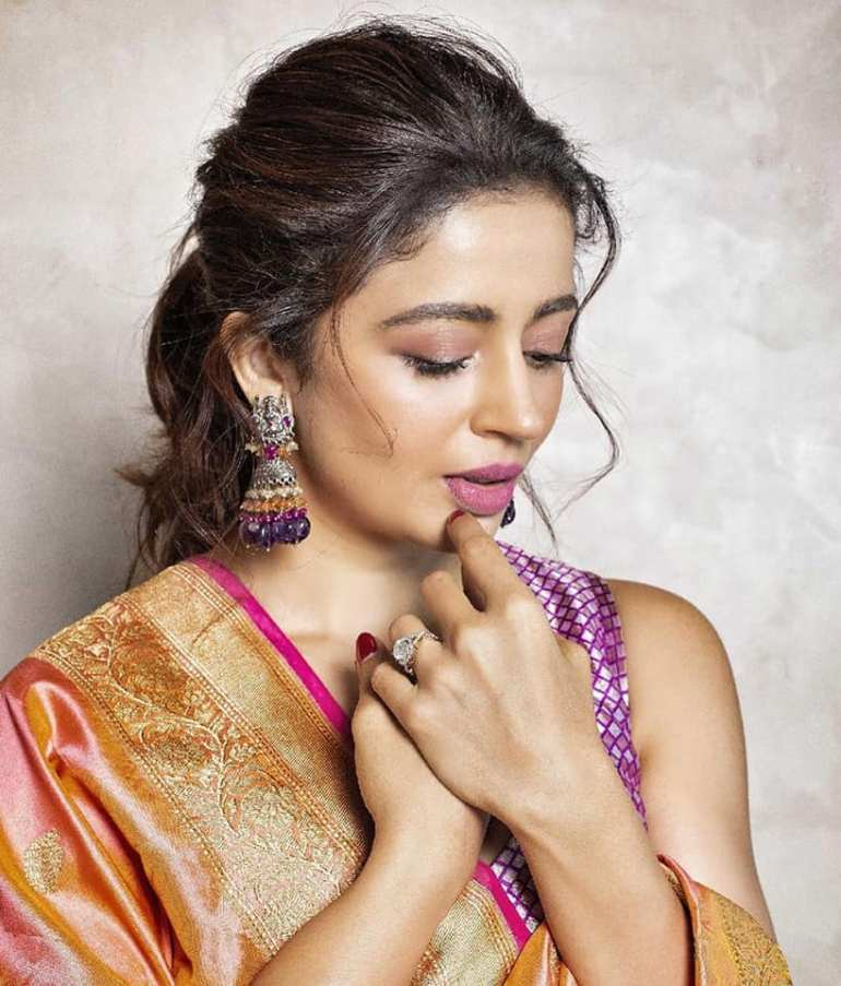 40+ Gorgeous Photos of Neha Pendse 56
