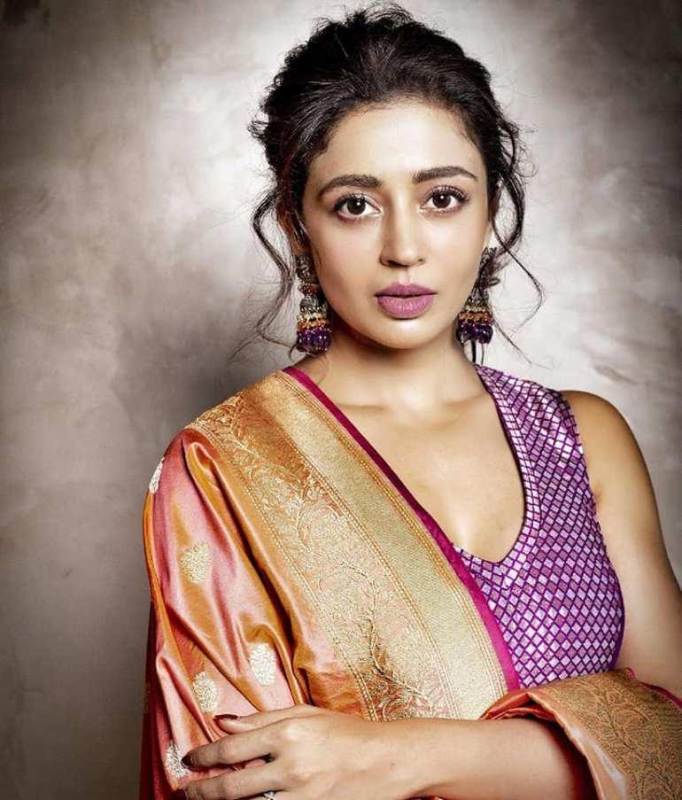 40+ Gorgeous Photos of Neha Pendse 55