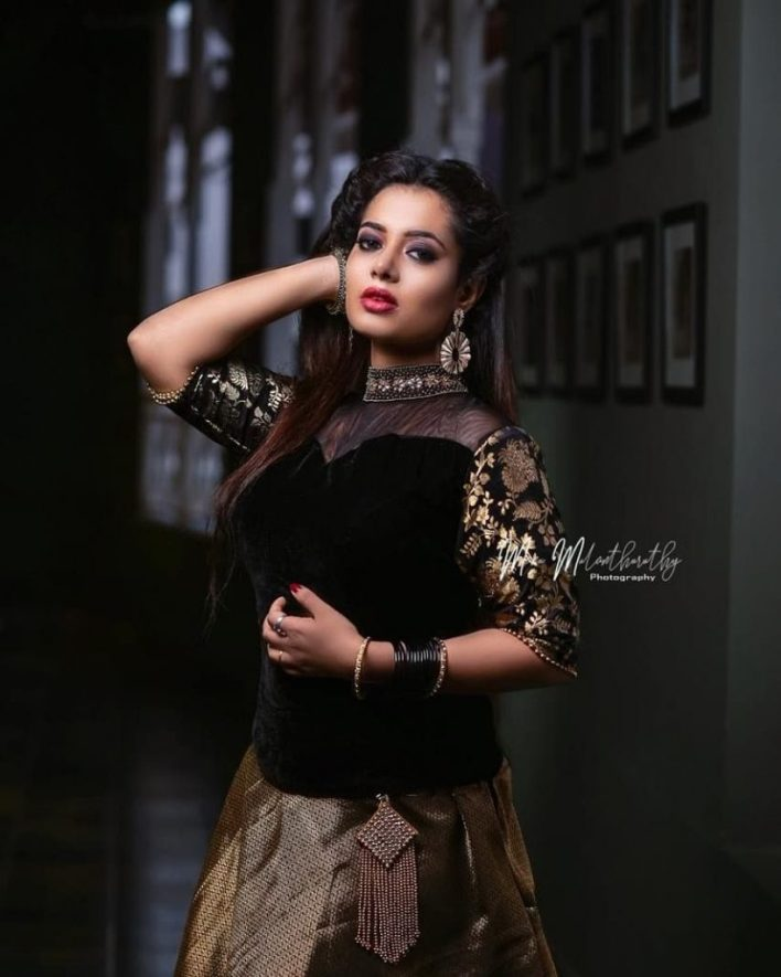 46+ Gorgeous Photos of Remya panicker 18