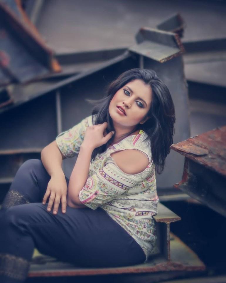 73+ Gorgeous Photos of Roshna Ann Roy 12