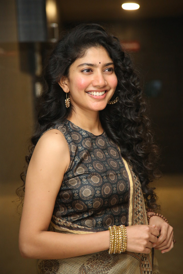 54+ Cute Photos of Sai Pallavi 38