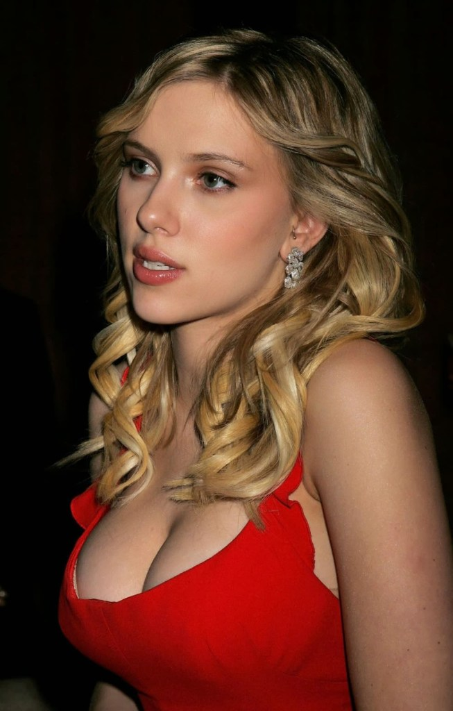 69+ Unseen Photos of Scarlett Johansson 5