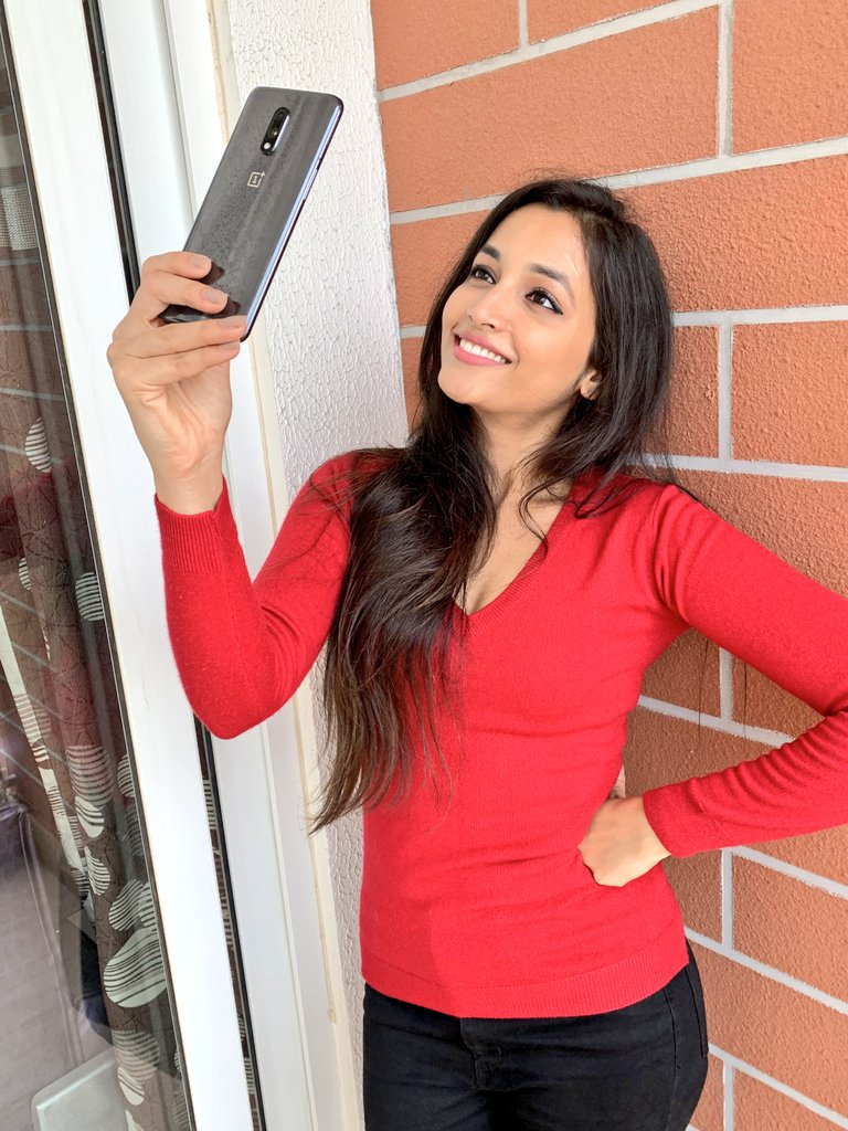 112+ Beautiful photos of Srinidhi Shetty 6