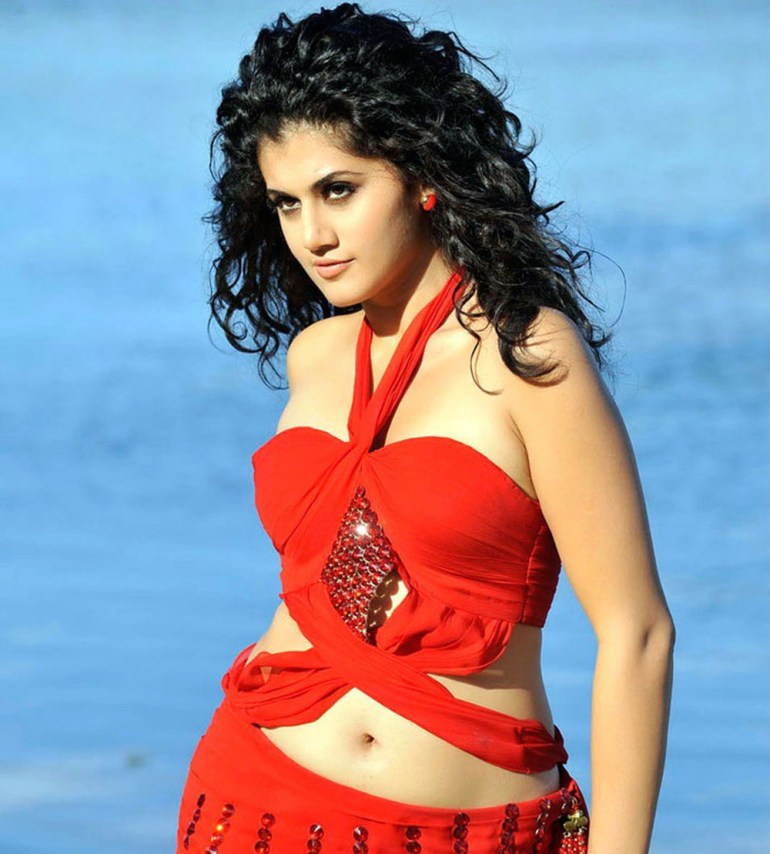 39+ Gorgeous Photos of Taapsee Pannu 97