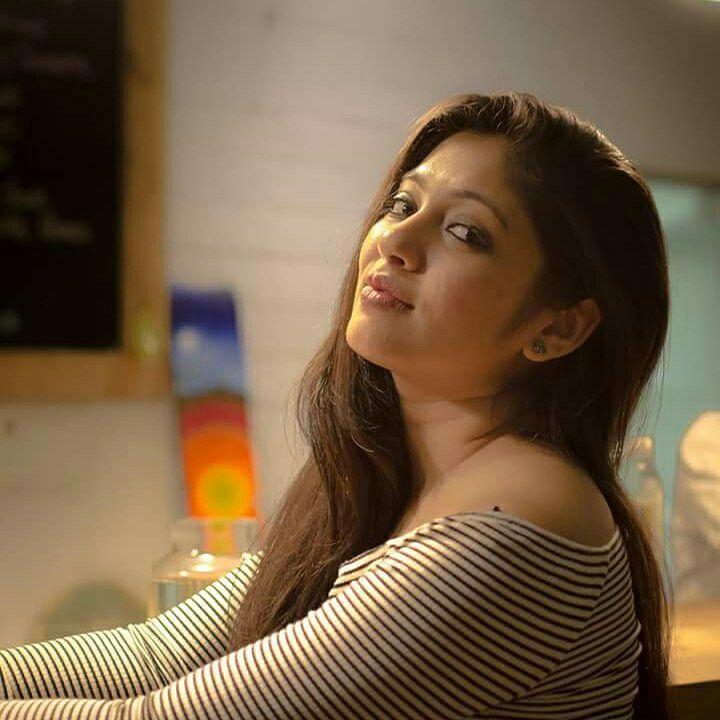 76+ Gorgeous Photos of Veena Nandakumar 5