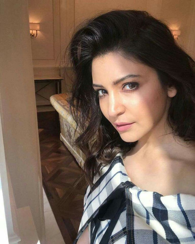51 Beautiful Photos of Anushka Sharma 97