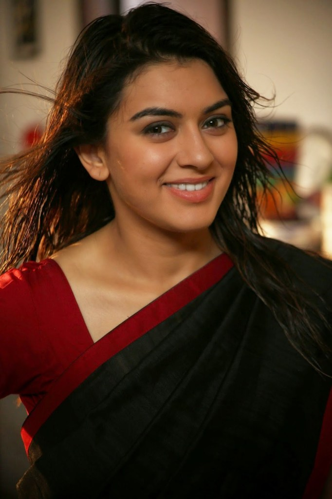 Check out these 33+ photos of Hansika Motwani 109