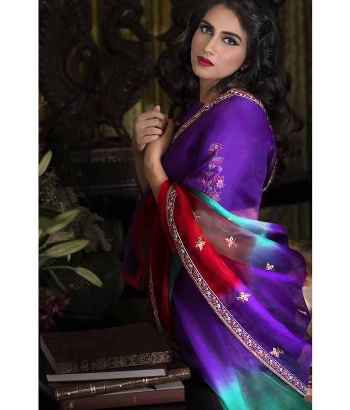 42+ Beautiful Photos of Malavika Jayaram 37