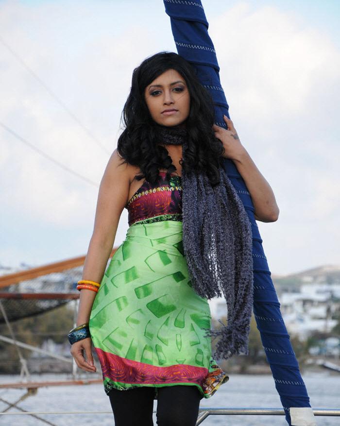 80+ Charming Photos of Mamtha Mohandas 134