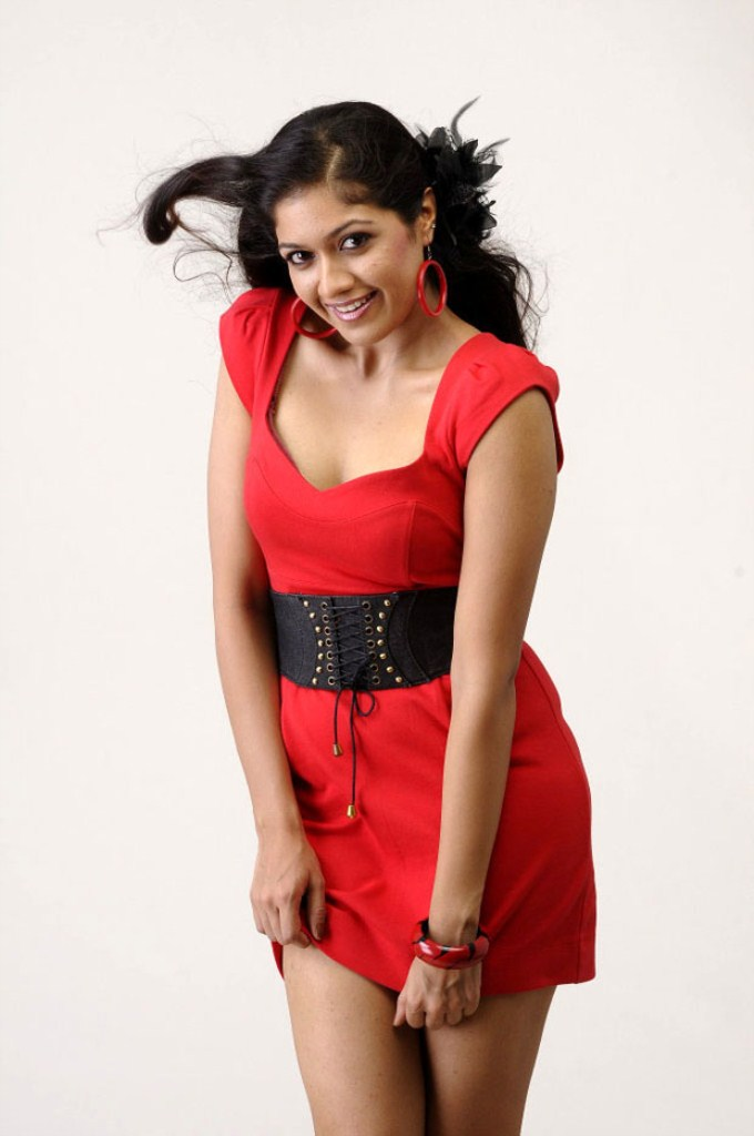 Check out this 45 Beautiful Photos of Meghna Raj 18