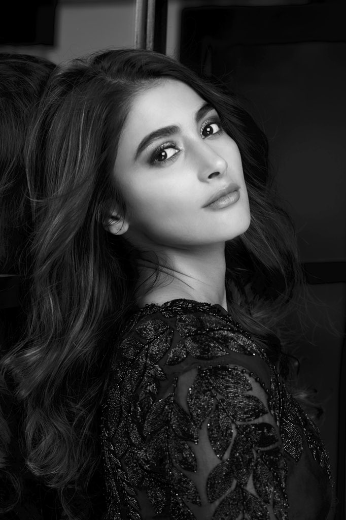 129+ Gorgeous Photos of Pooja Hegde 88