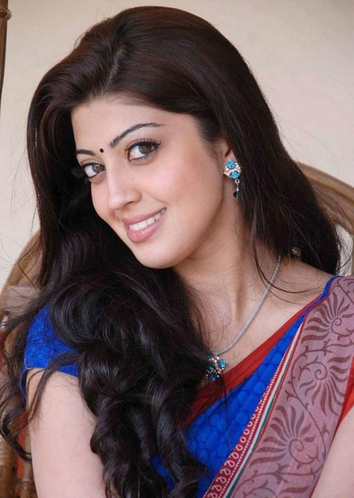 38+ Lovely Photos of Pranitha Subhash 97