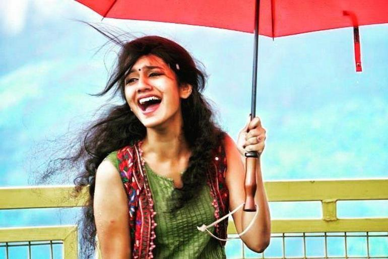 108+ Cute Photos of Priya Prakash Varrier 107