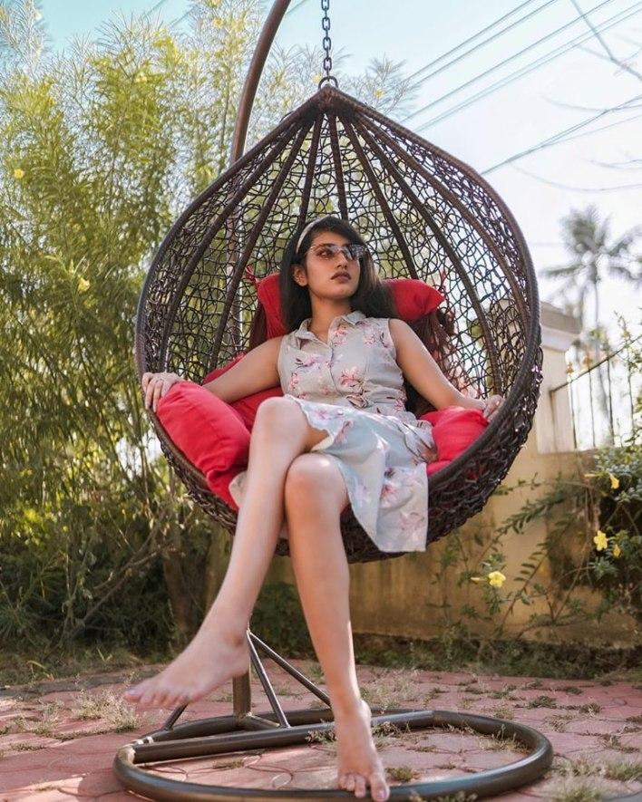 108+ Cute Photos of Priya Prakash Varrier 39