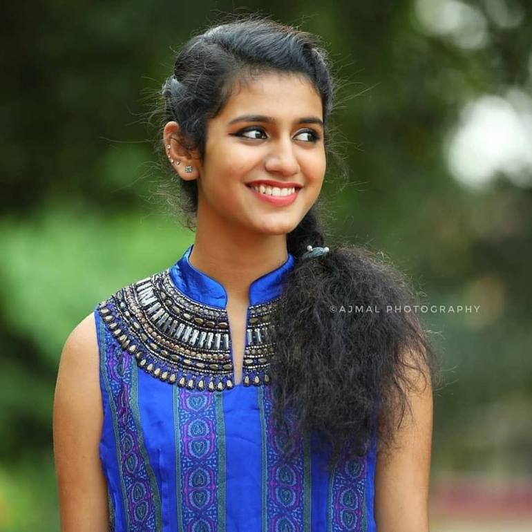 108+ Cute Photos of Priya Prakash Varrier 13
